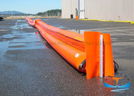 PVC Floating Oil Containment Booms Wonderful Oil Stagnant Ability For Emergency Laying